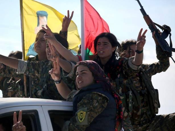 نساء إيزيدات مقاتلات ضد داعش
