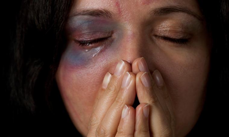 العنف الأسري ضد المرأة