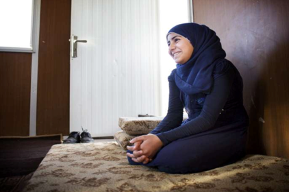 الطفلة السورية أميمة (15 عاماً)