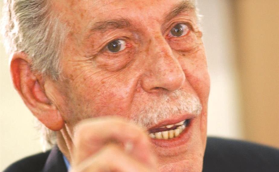 الكاتب السوري حسين العودات