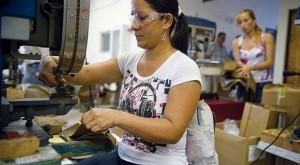 العنف الاقتصادي ضد المرأة