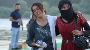 نساء إيزيديات هاربات من داعش