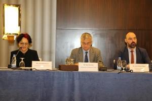 السيد سيمون بويسن مولر، السكرتير الأول، الشؤون السياسية/ القائم بأعمال، بعثة الاتحاد الأوروبي إلى سوريا، السيد بيتر سمنبي، سفير السويد لدى سوريا، السيدة ليليان هالز فرنش، الرئيسة المشاركة، المبادرة النسوية الأورومتوسطية