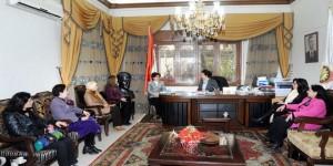 وزيرة الدولة لشؤون المنظمات الدكتورة سلوى عبد الله خلال لقائها وفد الاتحاد العام النسائي