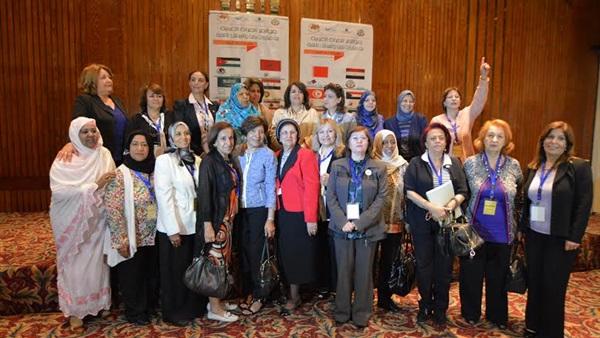 أنشطة الاتحادات النسائية العربية/ أرشيف
