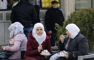 مشهد من الحياة اليومية في دمشق/ القدس العربي