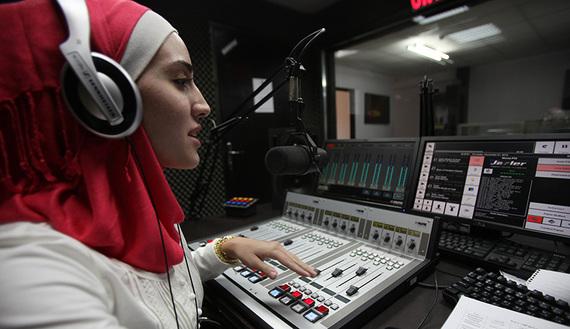 اعلامية فلسطينية