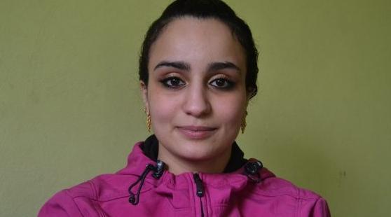 الشابة المغربية اسلام ميطاط