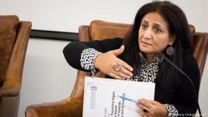 الناشطة النسوية اليمنية أمل باشا