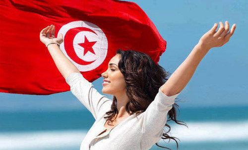 المرأة التونسية بين المساواة في الميراث وامتعاض المؤسسات الدينية