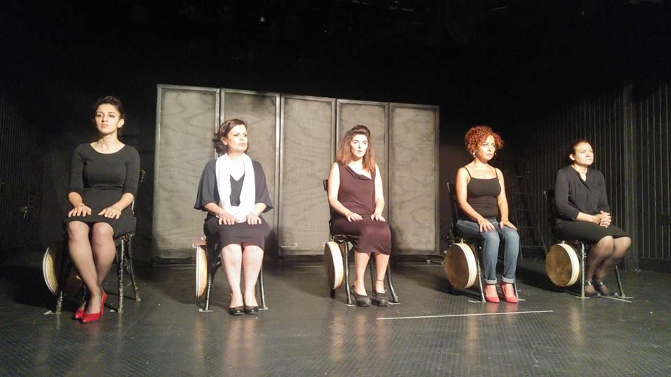 """""""هنّ"""" خمس حكايات مؤلمة، لخمس نساء من سوريا"""