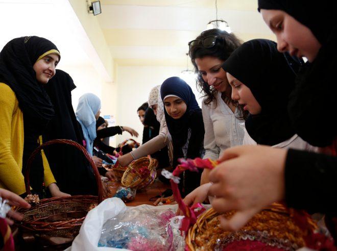 من نشاطات المراة السورية في درعا/ انترنت
