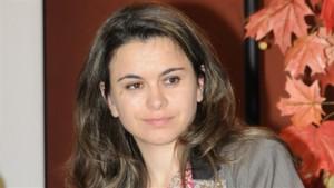 الكاتبة المغربية سناء العاجي