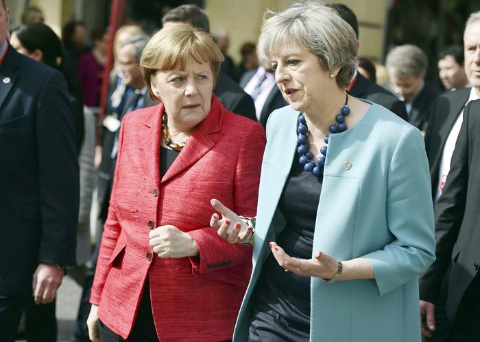 مصير أوروبا اليوم هو بين امرأتين ماي البريطانية وميركل الألمانية