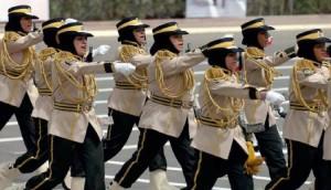 نساء في قطاع الشرطة بالكويت (ياسر الزيات/ فرانس برس)