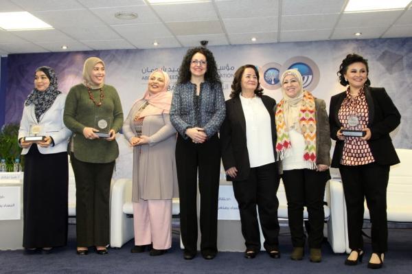 كاتبات مبدعات كرمتهن مؤسسة عبد الحميد شومان في عمان