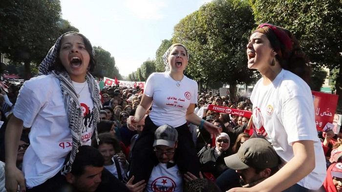 نضال المرأة التونسية/ أرشيف