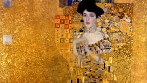 (امرأة من ذهب) لوحة للرسام غوستاف كليمت