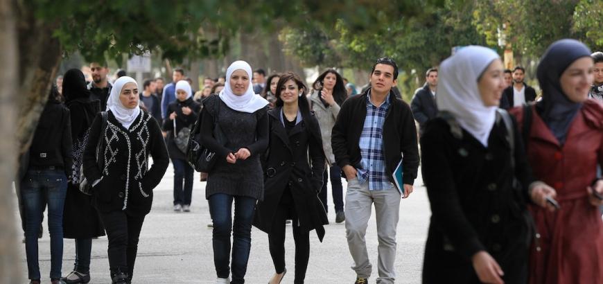 انخفاض نسبة الذكور في جامعات دمشق/ السورية نت