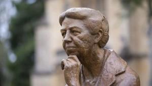 تمثال لـ: إليانور روزفلت
