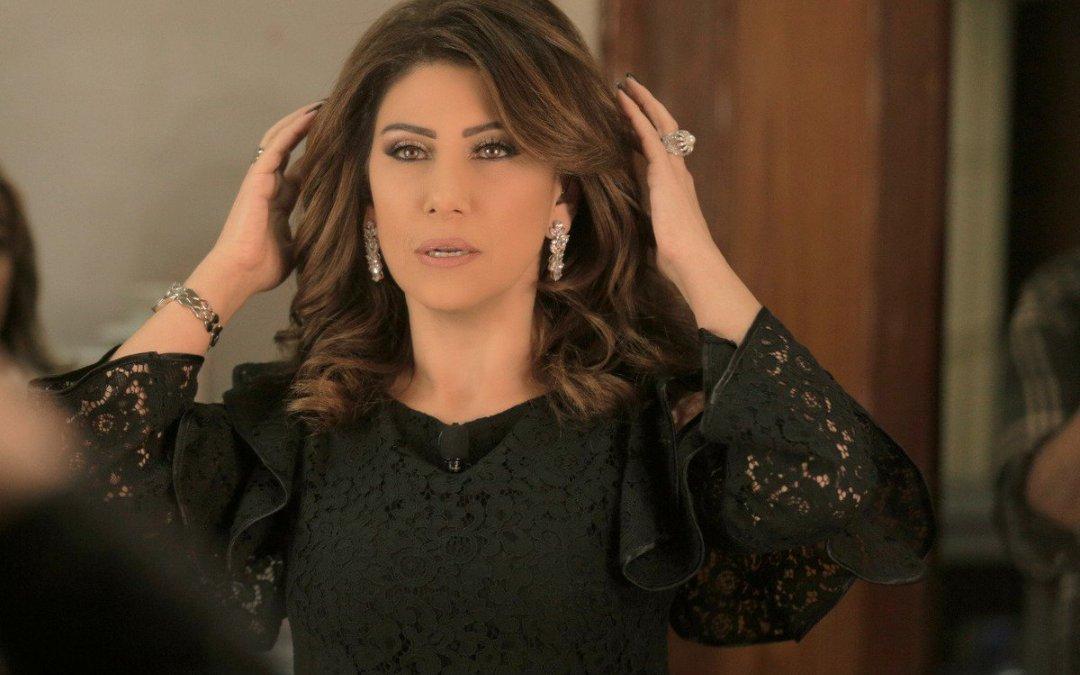 الإعلامية سمر أبو خليل