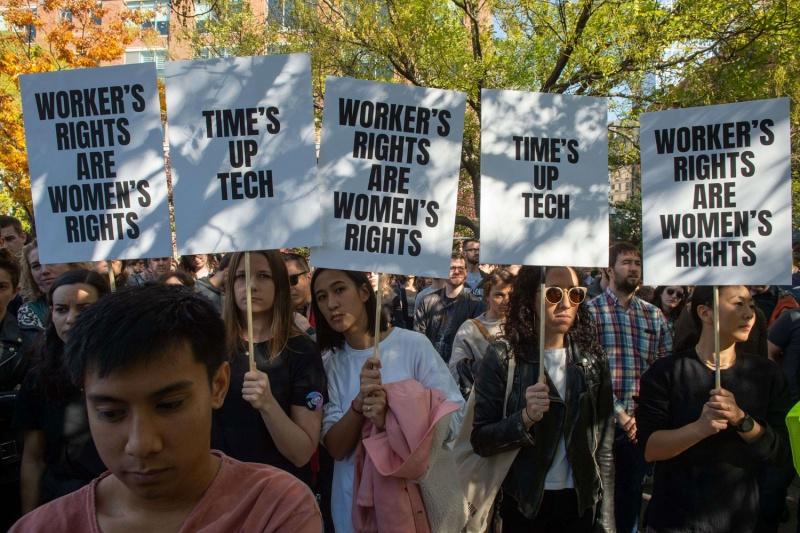 المرأة تتمتع بثلاثة أرباع الحقوق القانونية للرجال