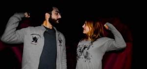شاب وشابة في محافظة طرطوس يعبران عن دعم الجنسين للنسوية/ شباك سوري