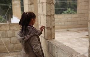 تزداد عرضة النساء والفتيات للعنف القائم على النوع الاجتماعي بشكل كبير أثناء الأزمات