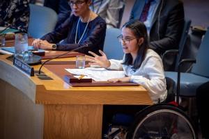 الشابة السورية نوجين مصطفى تتحدث أمام مجلس الأمن عن أوضاع ذوي الإعاقة في سياق الصراع السوري