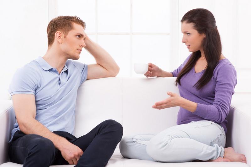 المرأة قادرة بجملة واحدة أن تغيّر طريقة تفكير زوجها