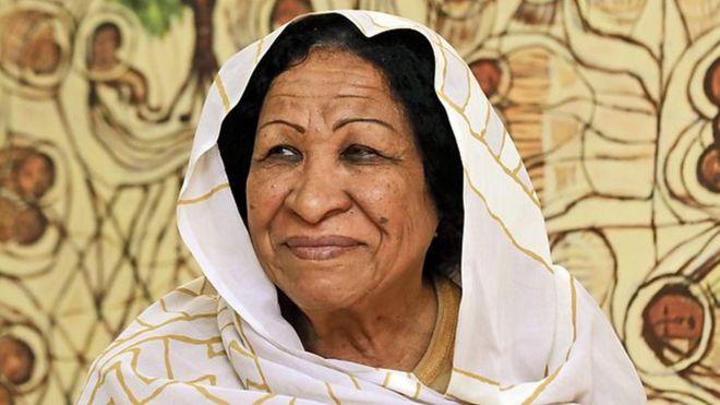 الفنانة التشكيلية السودانية كمالا إسحاق