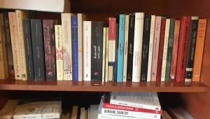 المكتبة النسوية في بيروت (الجزيرة)