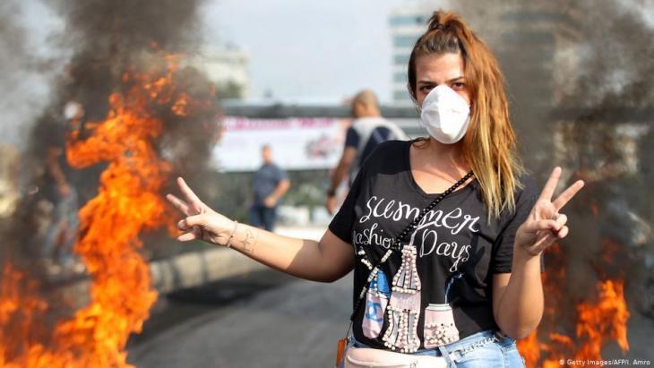 مشاركة نسائية قوية في حراك لبنان الشعبي 2019