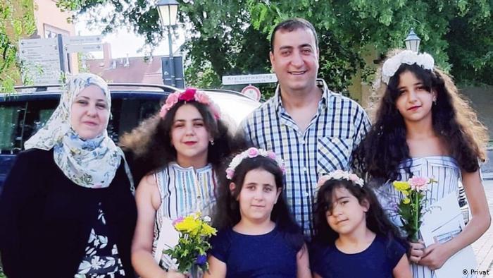 اللاجئة السورية آلاء محمود وعائلتها في ألمانيا