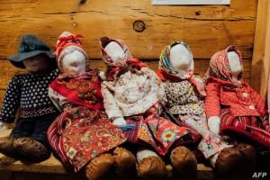 في جزيرة كينو الإستونية المرأة تترأس المراسم الدينية