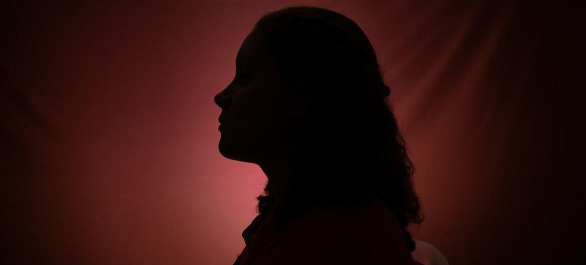 تواجه النساء والفتيات النازحات خطراً متزايداً من العنف بين الجنسين بسبب جائحة الفيروس التاجي/كورونا/ كوفيد19