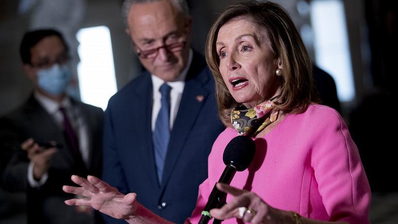 الديمقراطية نانسي بيلوسي رئيسة مجلس النواب الأميركي