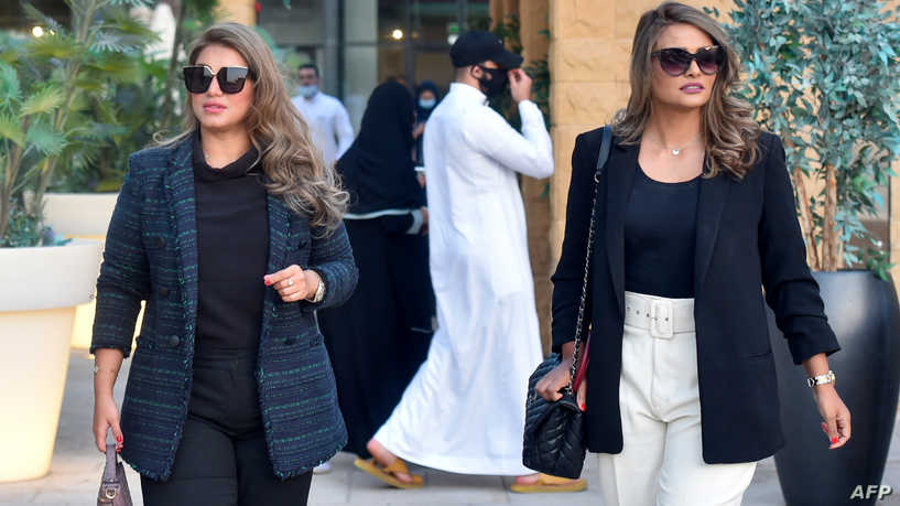 لماذا يعتبر المتطرفون جمال المرأة تهديدا للمجتمعات العربية