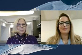 السفيرة هيفاء أبو غزالة (يسار) في حوارها مع أخبار الأمم المتحدة