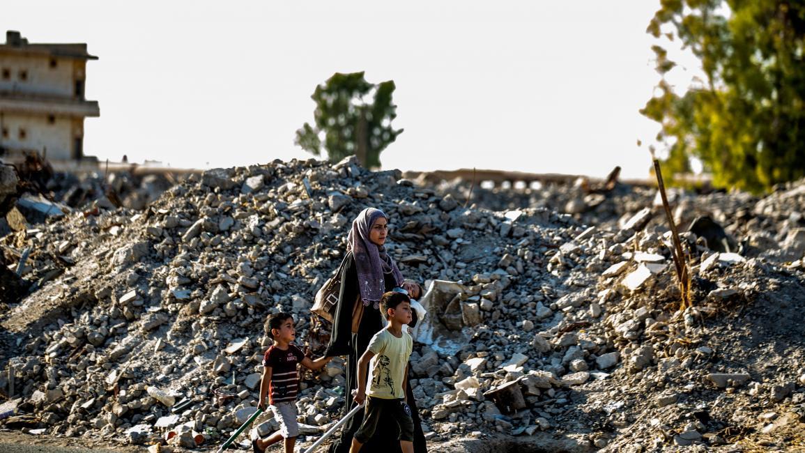 عوائق كثيرة تعترض نساء الشمال السوري (دليل سليمان/ فرانس برس)