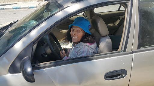 ماري سمعان 89 عاماً... أوّل امرأة تقود السيارة في سورية
