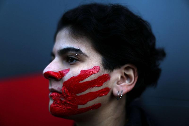 ما الذي يخيف المجتمعات العربية من النسوية