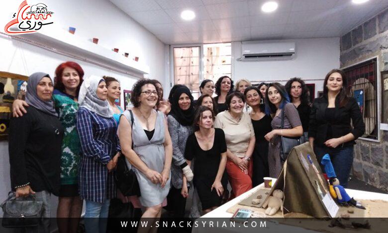 السويداء: 35 امرأة وثقن معاناتهن بالأعمال اليدوية